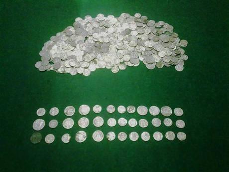 Milano: sequestrate oltre 600 monete