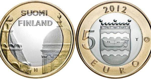 Finlandia, moneta per le cattedrali di Helsinki
