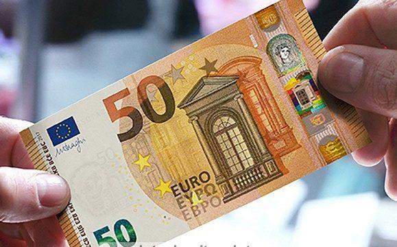 In Italia diminuiscono le banconote false