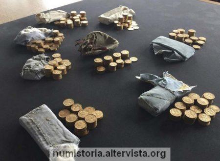 Scoperte in un pianoforte monete d'oro per 500.000 euro